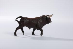 Animales de juguete | Animales de Coleccionismo | Meskebous NUEVO Toro Bravo Retinto Bocidorado