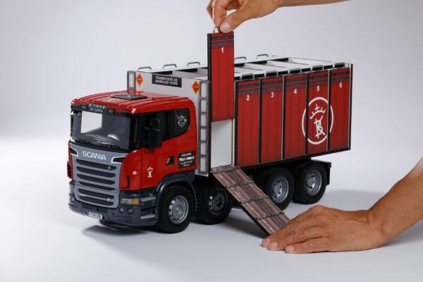 CAMIONES | Meskebous NUEVO Camión de toros puertas rojas