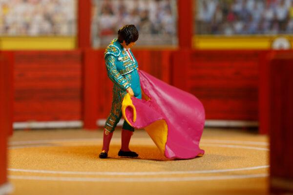 Colección Plaza | Meskebous Torero con Capote Verde Turquesa y Oro