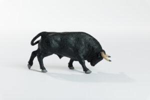 Animales de juguete | Animales de Coleccionismo | Meskebous Toro Embistiendo Negro